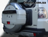 Хромированный дефлектор на паджеро 4