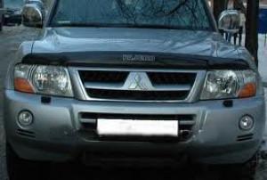 Mitsubishi Pajero 2000-2006 - Дефлектор капота, темный, с надписью, EGR фото, цена