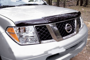 Nissan Navara 2005-2012 - Дефлектор капота (мухобойка), VIP Tuning фото, цена