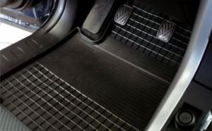 Nissan Navara 2005-2010 - Коврики резиновые, черные, комплект 4 штуки. (Rigum) фото, цена