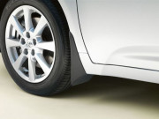 Toyota Avensis 2011-2013 - Брызговики передние, комплект 2 шт (Toyota). фото, цена