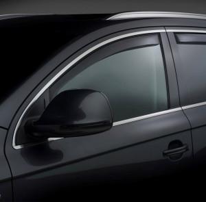 Volkswagen Touareg 2011-2014 - Дефлекторы окон (ветровики), передние, темные. (WeatherTech) фото, цена