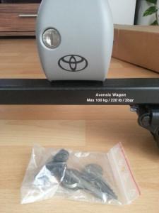 Toyota Avensis 2000-2003 - (Wagon) Багажник крыши поперечный. (Toyota) фото, цена