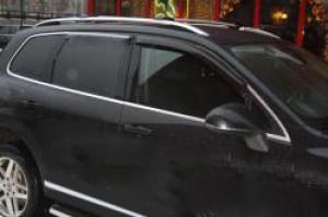 Volkswagen Touareg 2011-2017 - Дефлекторы окон  передние, дымчатые,  к-т 2 шт. (EGR) фото, цена