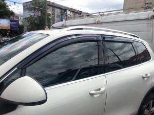 Volkswagen Touareg 2011-2013 - Дефлекторы окон (ветровики), комлект. (HIC) фото, цена