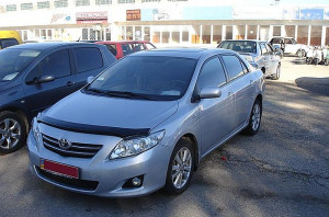 Toyota Corolla 2006-2012 - Дефлектор капота (мухобойка), темный. SIM фото, цена