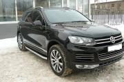 Volkswagen Touareg 2010-2015 - Дефлектор капота (мухобойка), темный. SIM фото, цена