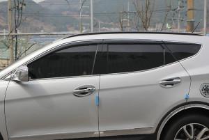 Hyundai Santa Fe 2012-2016 - Дефлекторы окон (ветровики), темные, с хром молдингом, комплект 4 шт. (China) фото, цена