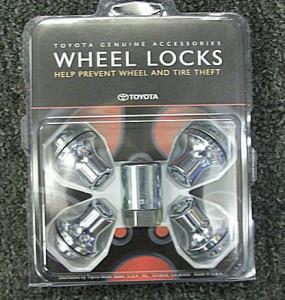 Toyota Tundra 2007-2013 - Секретные гайки - Wheel Locks, Clear Chrome. фото, цена
