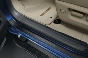 Toyota Tundra 2007-2013 - Порожки внутренние - Door Sill Protectors (CrewMax) к-т 4шт.  фото, цена