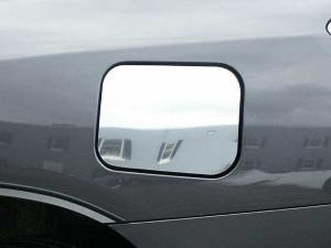 Toyota Highlander 2008-2013 - Хромированная накладка на лючок бензобака. (SAA) фото, цена