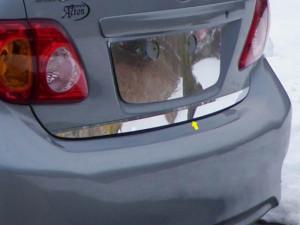 Toyota Corolla 2009-2010 - Хромированная накладка на кромку багажника. фото, цена