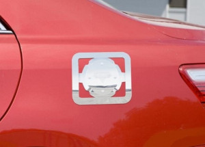 Toyota Camry 2006-2011 - Хромированная накладка на лючок бензобака.(PUTCO) фото, цена
