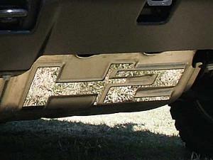 Hummer H2 2003-2009 - Хромированный логотип на защиту двигателя. фото, цена