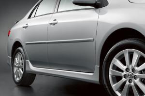 Toyota Corolla 2009-2010 - Боковые молдинги  к-т 4 шт. фото, цена
