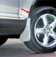 Volkswagen Touareg 2003-2010 - Удлинитель брызговиков передних к-т 2 шт. (Цвет: черный). фото, цена